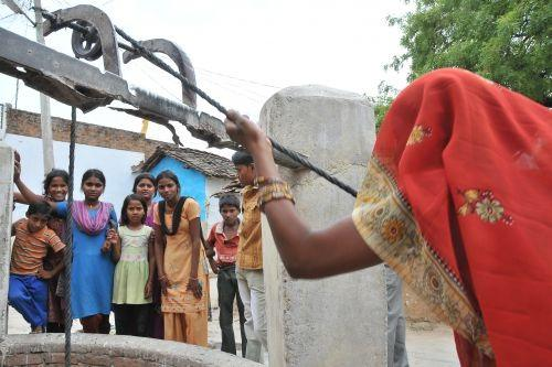 Right to Food activists are alleging that Jharkhand is the only state among the 10 drought-hit ones which is not providing mid-day meals to children