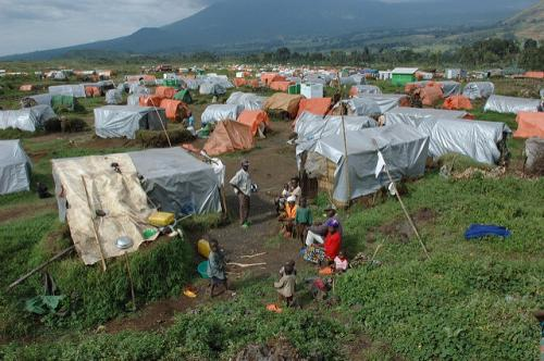 Displacement can have serious consequences, leading to environmental degradation. Rapid urbanisation and poorly managed refugee camps can put pressure on limited resources Credit: Julien Harneis/Flickr