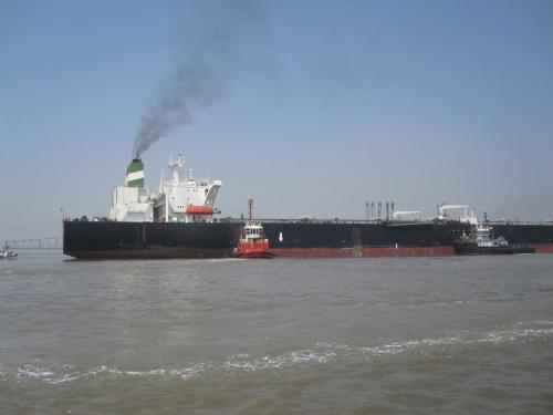 2011 Mumbai oil spill: NGT slaps Rs 100-crore fine on shipping company
