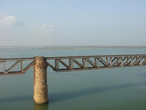 Discharge of untreated and partially-treated sewage from cities is one of the principal reasons for the Godavari's poor water quality