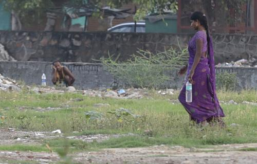 Drought hinders efforts to make Maharashtra open defecation-free
