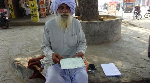 Farmers protest forceful insurance premium deduction in Haryana