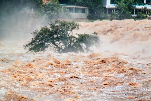 The floods have claimed 72 lives so far (Credit: linkis.com/www.newworlder.com)