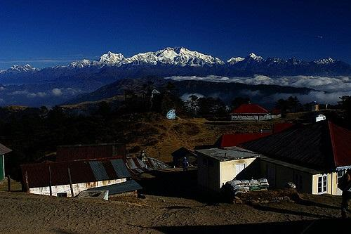 Trekkers can view the snow-capped peak of the world's third highest mountain, and the highest peak in India, the Kangchenjunga, from Sandakphu
