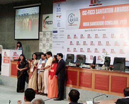 Down To Earth wins Indian Sanitation Coalition-FICCI award for its coverage on sanitation