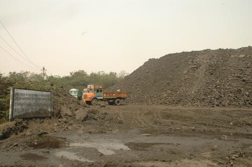 Environment ministry panel exempts public hearing for companies seeking coal mine expansion