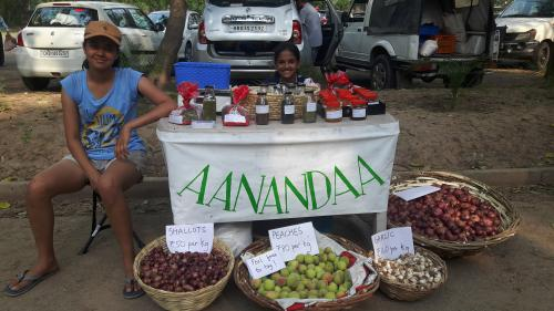 The author's daughters at a farmers' market in Chandigarh. Credit: Manisha Lath Gupta