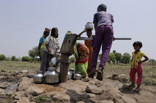 Women dedicate long hours in collecting water from nearby hand pumps for various purposes. Credit: Vikas Choudhary / CSE