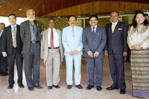 Harsh Vardhan discusses a pollution-free India at UNEA