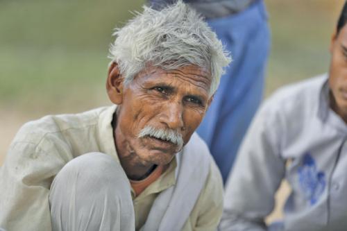किसानों का मर्सिया