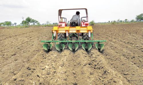 संरक्षित खेती से बचेगा पर्यावरण