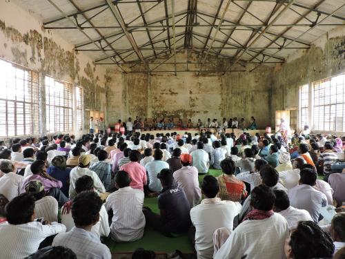 Tendu finds no takers; no contractor turns up for auction in Maharashtra