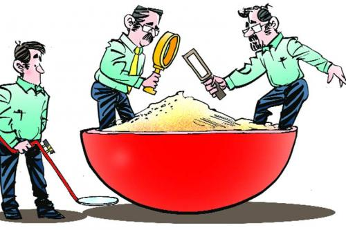 GM in food: Food regulator mum on illegalities