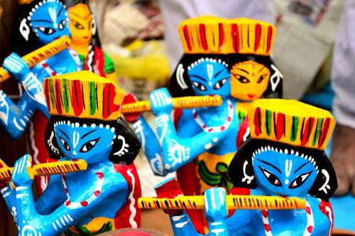 Can science explain blue skin of Lord Krishna?