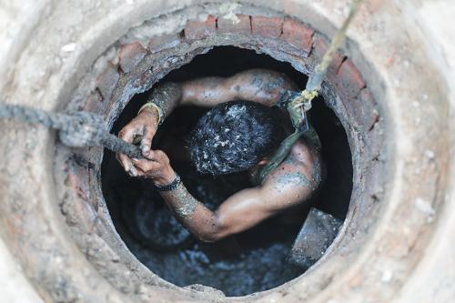 Govt must get its hands dirty to rescue manual scavengers