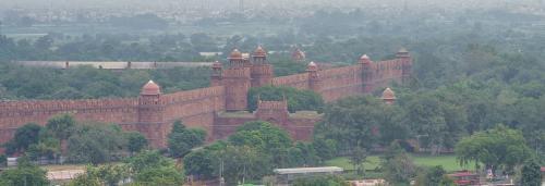 Can artificial rain provide relief to polluted Delhi?