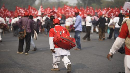 Opposition unites on agrarian crisis, Centre yet to reply to farmers' demands