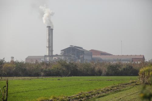 कोविड-19:  यूपी की औद्योगिक ईकाइयों को जल और वायु कानून की अनिवार्य शर्त से मिली छूट