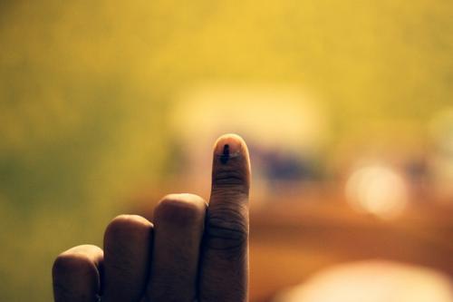 बुनियादी सुविधाएं नहीं, तो वोट भी नहीं