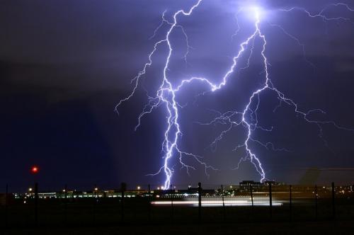 16 अप्रैल को 41 हजार बार गिरी आकाशीय बिजली, जानें क्या है वजह?