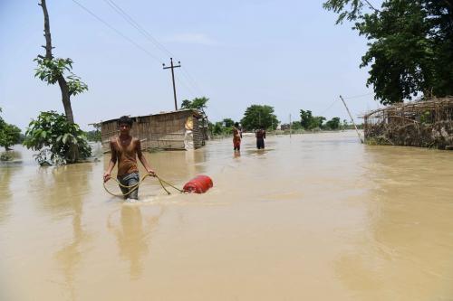 दो दिन बाद मिलती है नेपाल से बाढ़ की सूचना, तब तक बिहार में मच जाती है तबाही!