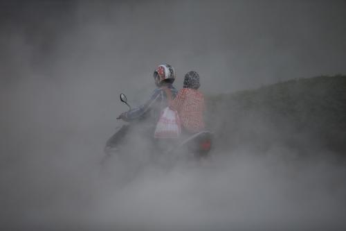 वायु प्रदूषण से आंखों पर पड़ रहा है गंभीर असर: रिपोर्ट
