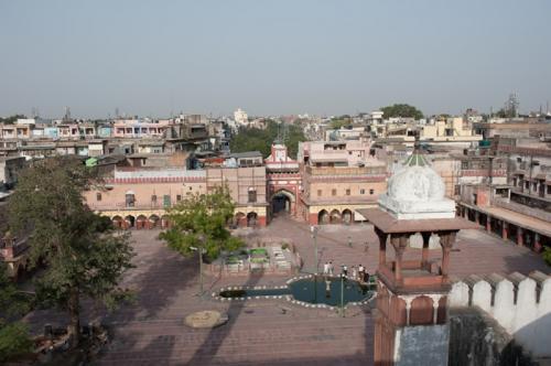 दिल्ली में साफ हवा अच्छी है पर काफी नहीं!