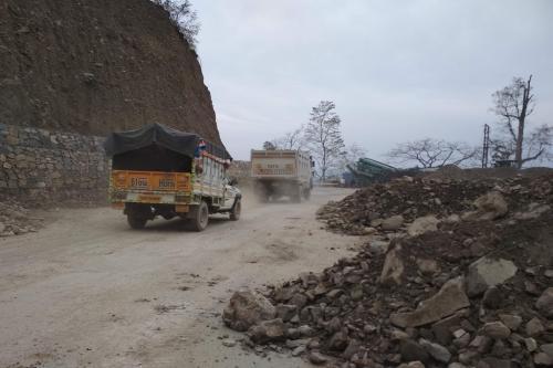 ऑल वेदर रोड: सरकार ने नहीं कराया पर्यावरण आकलन, भूस्खलन की बनी वजह