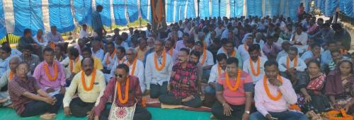 Farmers on hunger strike in Sambalpur due to non-payment of crop insurance