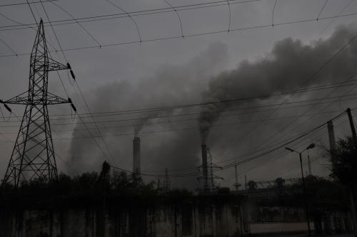 जलवायु परिवर्तन पर जनता को गुमराह कर रही है फॉसिल फ्यूल इंडस्ट्री: रिपोर्ट