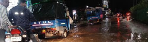 Heavy rains lash coastal Odisha as Bulbul nears
