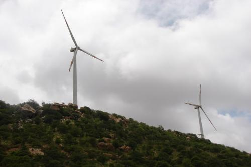 वैश्विक स्तर पर बढ़ रही है हवा की रफ्तार, 37 फीसदी तक बढ़ सकता है पवन ऊर्जा का उत्पादन