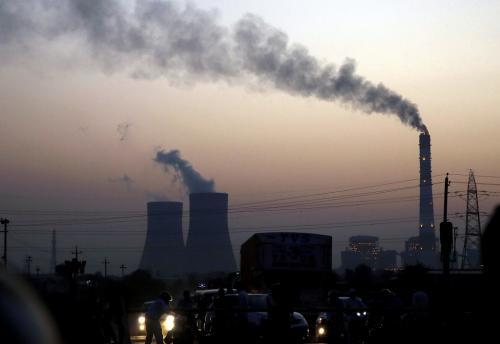 वायु प्रदूषण से भारत पर पड़ रहा है सालाना 1 लाख करोड़ रुपए का अतिरिक्त बोझ: स्टडी