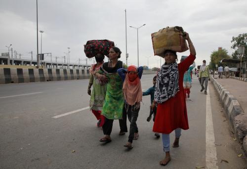 भारत का लॉकडाउन से सबसे अधिक प्रभावित होंगे प्रवासी मजदूर और महिलाएं