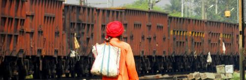 COVID-19: Distress calls from migrants reveal India's digital divide