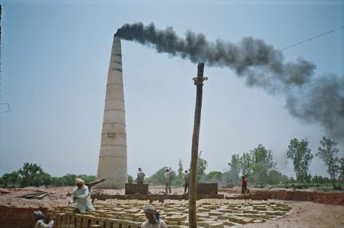 बिहार में डेढ़ मीटर गहराई तक मिट्टी की खुदाई अब खनन नहीं, ईंट-भट्ठों को पर्यावरण मंजूरी से छूट