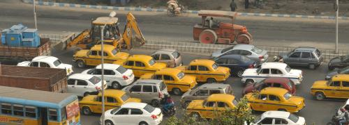 Little chance of Kolkata getting CNG soon; land acquisition hiccups halt supply