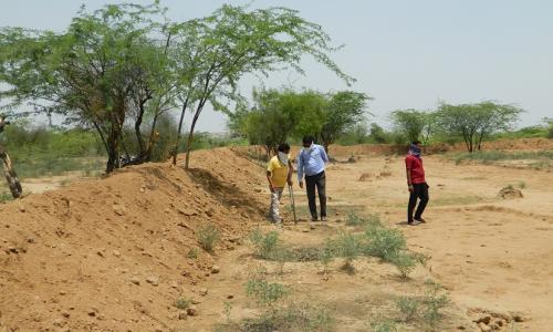 अरावली की पहाड़ियों से बारिश के पानी को रोकने के लिए 17 गांवों में तैयार हो रहे नाडे