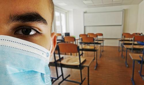क्या स्कूल-कॉलेज कोरोनावायरस के सबसे बड़े हॉट स्पॉट हैं?