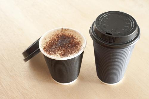 कितना सुरक्षित है पेपर कप में चाय-कॉफी पीना