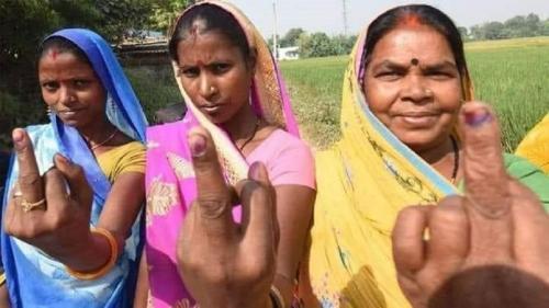 बिहार चुनाव में कितने प्रभावी रहे गरीबी और रोजगार के मुद्दे?