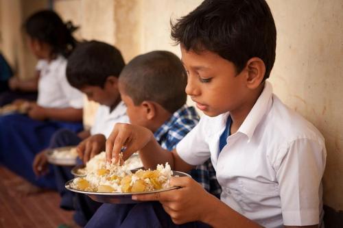 जलवायु परिवर्तन के चलते बच्चों के भोजन में घट रही है विविधता, बढ़ रहा है कुपोषण