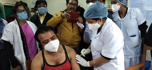 West Bengal rolls out COVID-19 vaccines even as politics creeps in