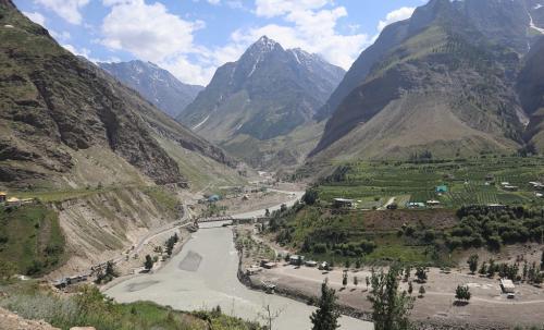 हिमाचल प्रदेश के लाहौल स्पीति में पावर प्रोजेक्ट्स का विरोध तेज