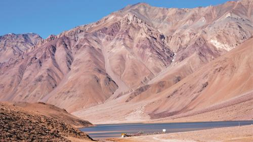 तपता हिमालय: दुनिया के मुकाबले अधिक तेजी से गर्म हो रहा है हिंदुकुश हिमालय