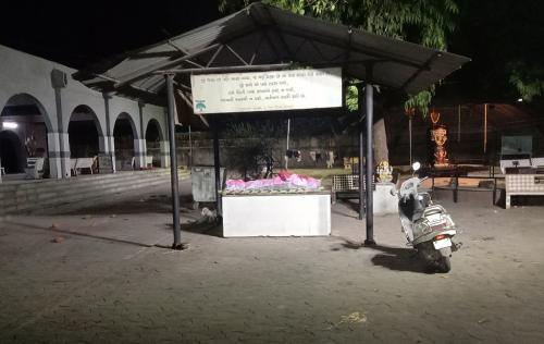 श्मशान घाट से ग्राउंड रिपोर्ट: अहमदाबाद में भी छिपाए जा रहे हैं कोविड-19 से हुई मौतों के आंकड़े?