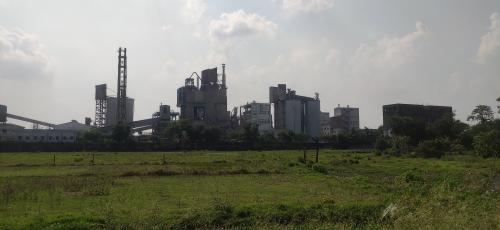 Smoke from cement factory leaves toddlers gasping for air in Howrah