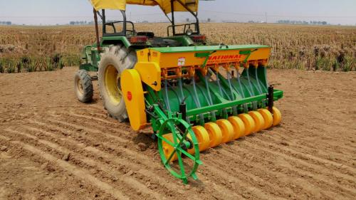Seeding happy, cleaning air: Farmers adopting non-burn tech give hope