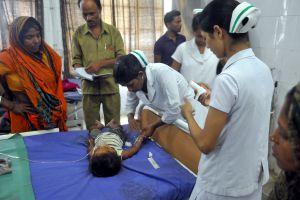 चमकी बुखार वाले इलाकों में डॉक्टर के पास थर्मामीटर तक नहीं