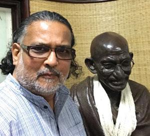 <strong>Tushar Gandhi</strong><br /> Great-grandson of Mahatma Gandhi and head of Mumbai-based Mahatma Gandhi Foundation